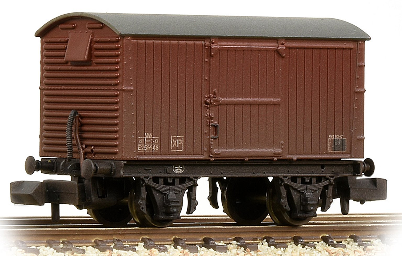 LNER 12T Ventilated Van Corrugated Steel Ends BR Bauxite (Late) Weathered