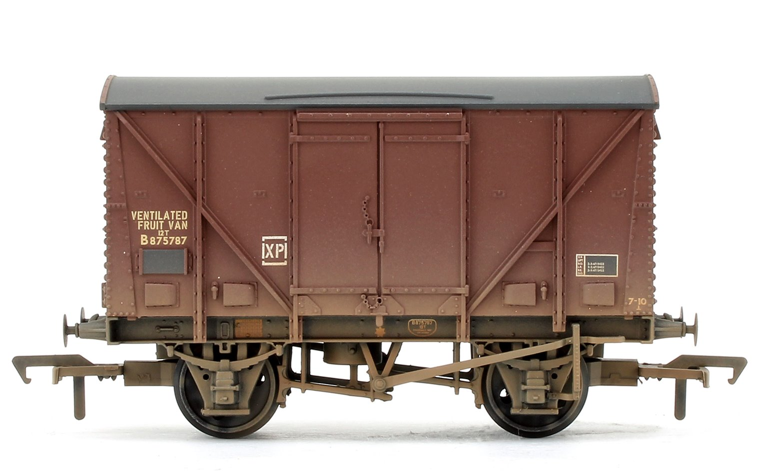 BR 12 Ton Vent. Plywood Fruit Van BR Bauxite (Late) Weathered