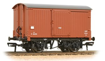 LNER 10T Fish Van BR Bauxite (Early) Weathered