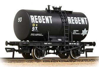 14T Class B Anchor-Mounted Tank Wagon 'Regent Oil' Black