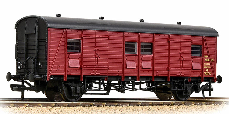 SR PMV Parcels & Miscellaneous Van BR Crimson