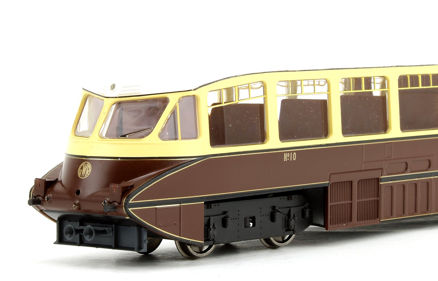 Streamlined Railcar GWR Lined Chocolate/Cream No.10 - DCC Fitted