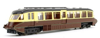 Streamlined Railcar BR Lined Chocolate/Cream Locomotive No.W11