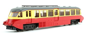Streamlined Railcar BR Lined Carmine/Cream Locomotive No.W8