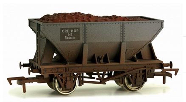 24T Steel Ore Hopper BR B433419 - weathered