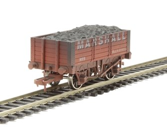 Dapol 4F-052-030 5 Plank 9ft wheelbase Marshall 5 Weathered
