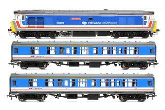 Class 50 026 'Indomitable' NSE Diesel Locomotive plus pair of MK1 NSR Corridor Composite Coaches