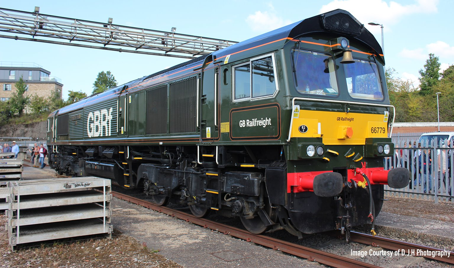 Class 66 779 'Evening Star' GBRF BR Green livery Diesel Locomotive DCC Fitted