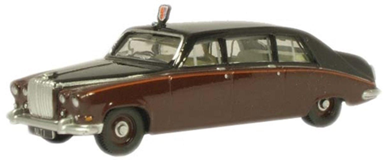 Daimler Claret Black Queen Mum DS420