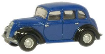 Blue Morris Eight E Saloon