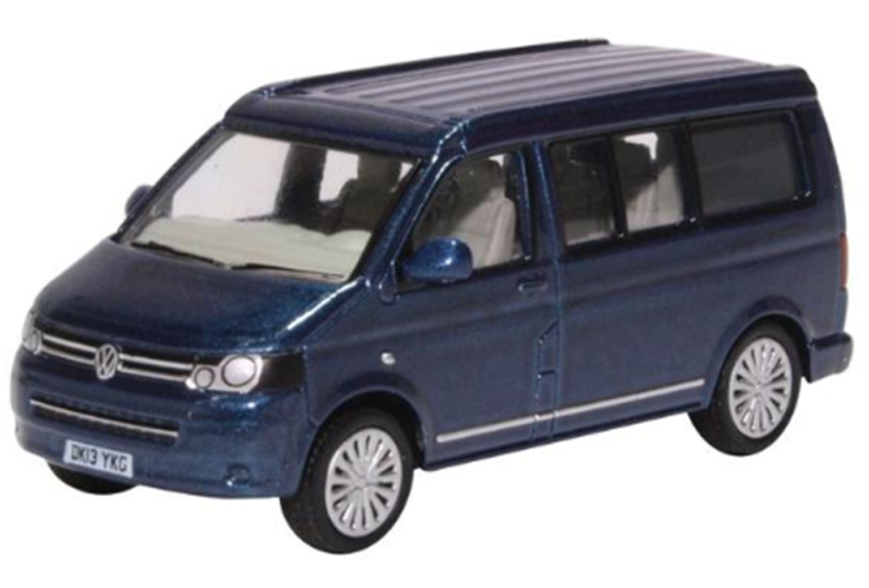 76T5C001 VW T5 California Camper Metallic Night Blue