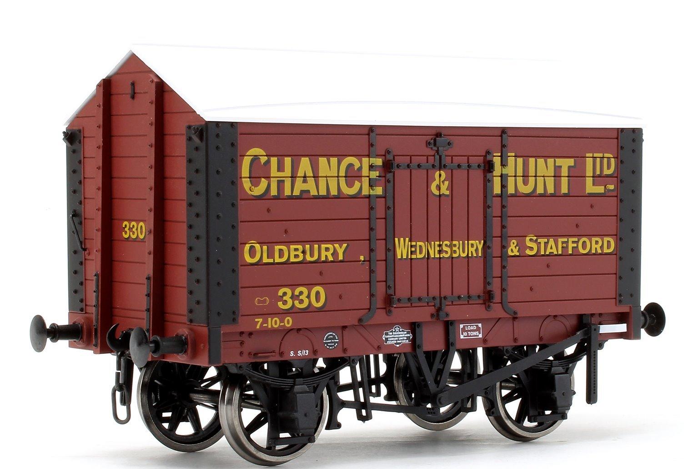 Salt Van Chance & Hunt 332