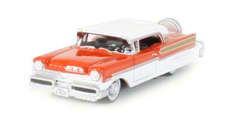 Oxford Diecast 87MT57003 1957 Mercury Turnpike Fiesta Red/Classic White