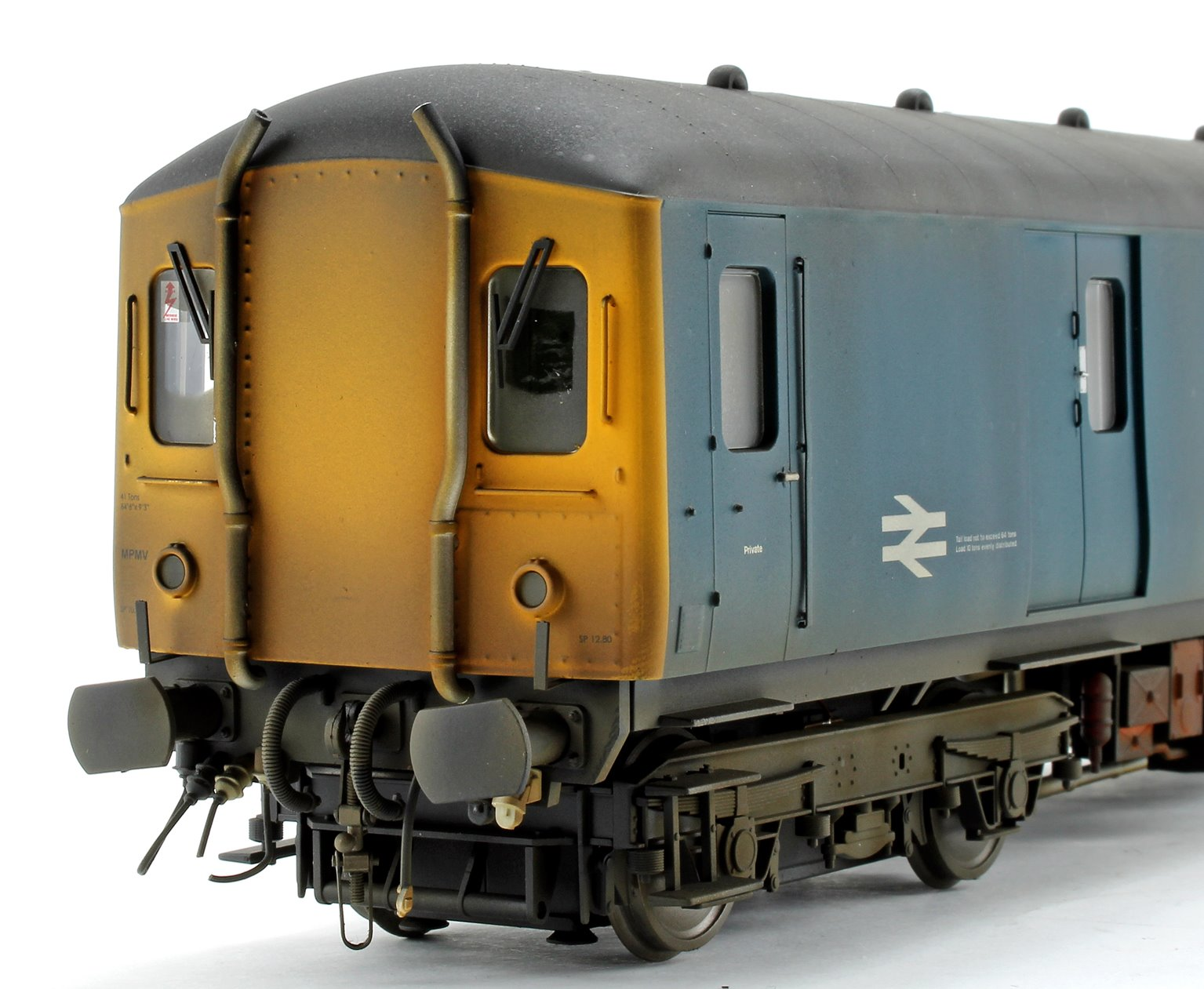 Custom Weathered Class 128 DPU 'Parcels Service' BR Blue (Yellow Ends) Locomotive M55995
