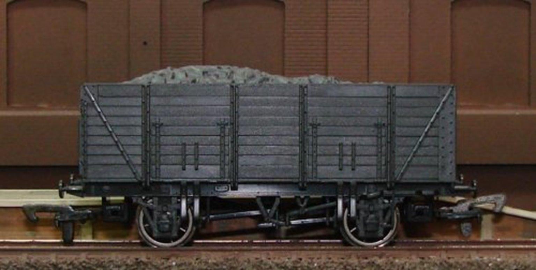 9 Plank Wagon (Unpainted)