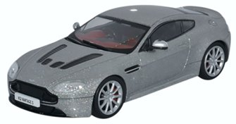 Aston Martin V12 Vantage S Lightning Silver