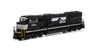 SD60E Norfolk Southern NS #7019 Locomotive with DCC Sound