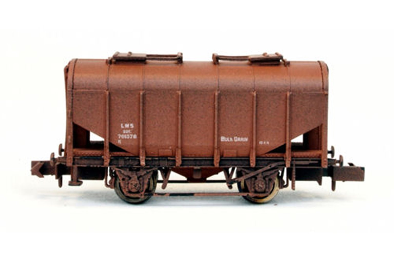 Bulk Grain Hopper LMS Bauxite 701378 Weathered