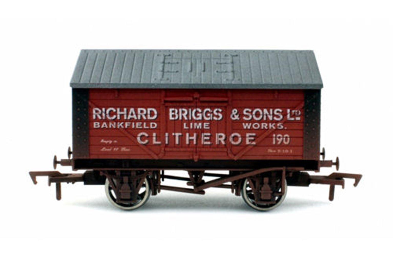 Lime Wagon Richard Briggs 190 Weathered