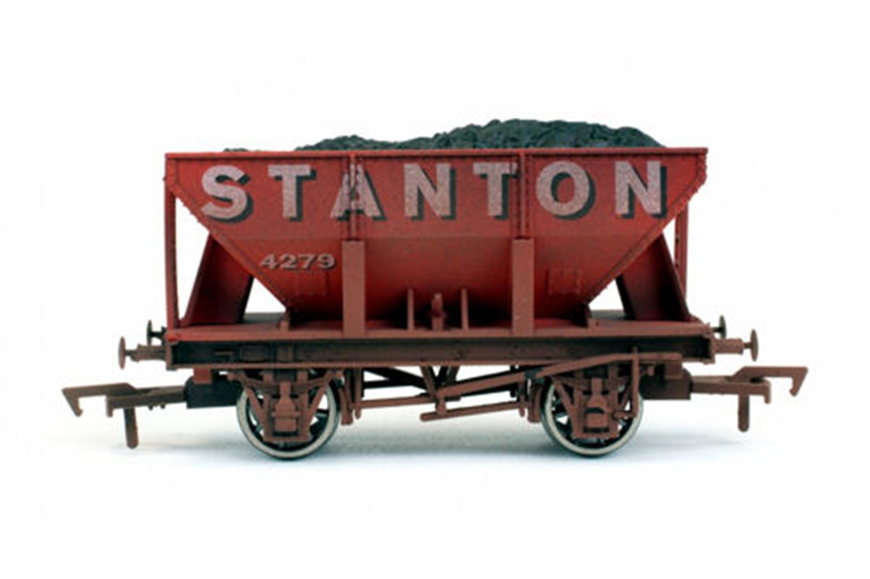 24t Hopper Stanton Weathered