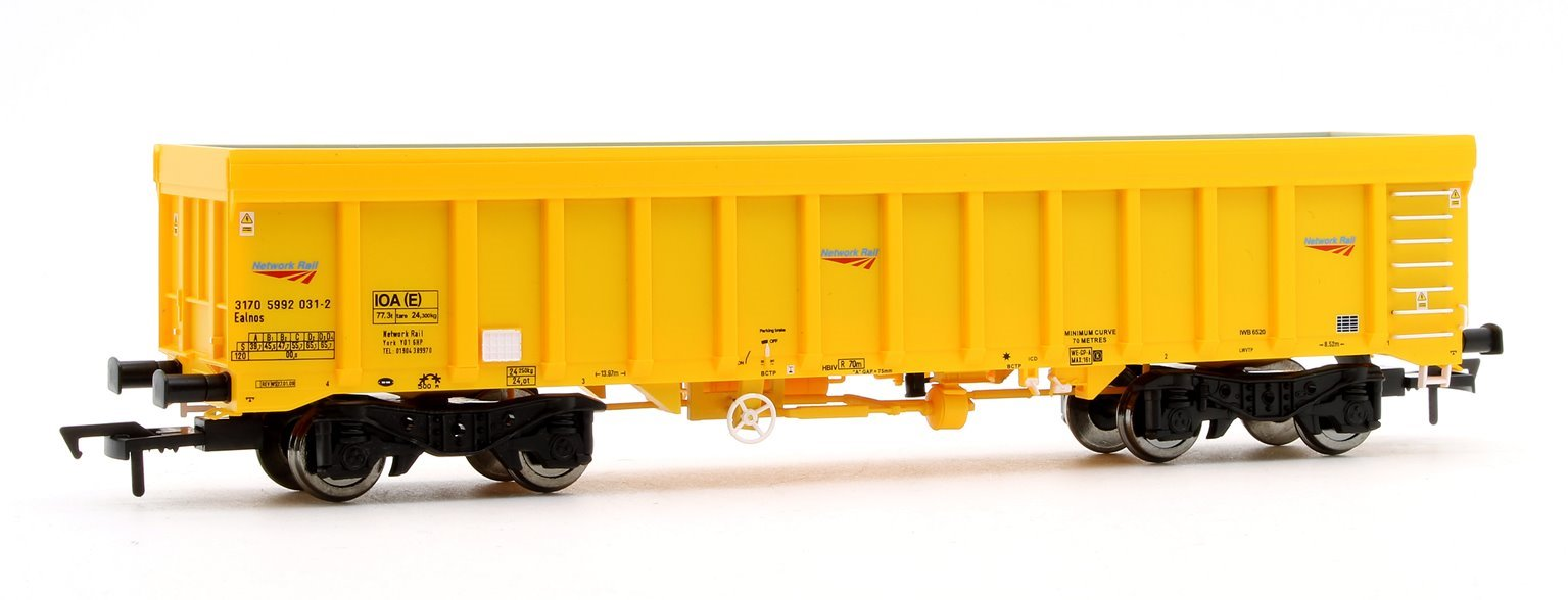 IOA Ballast Wagon Network Rail Yellow 3170 5992 031-2