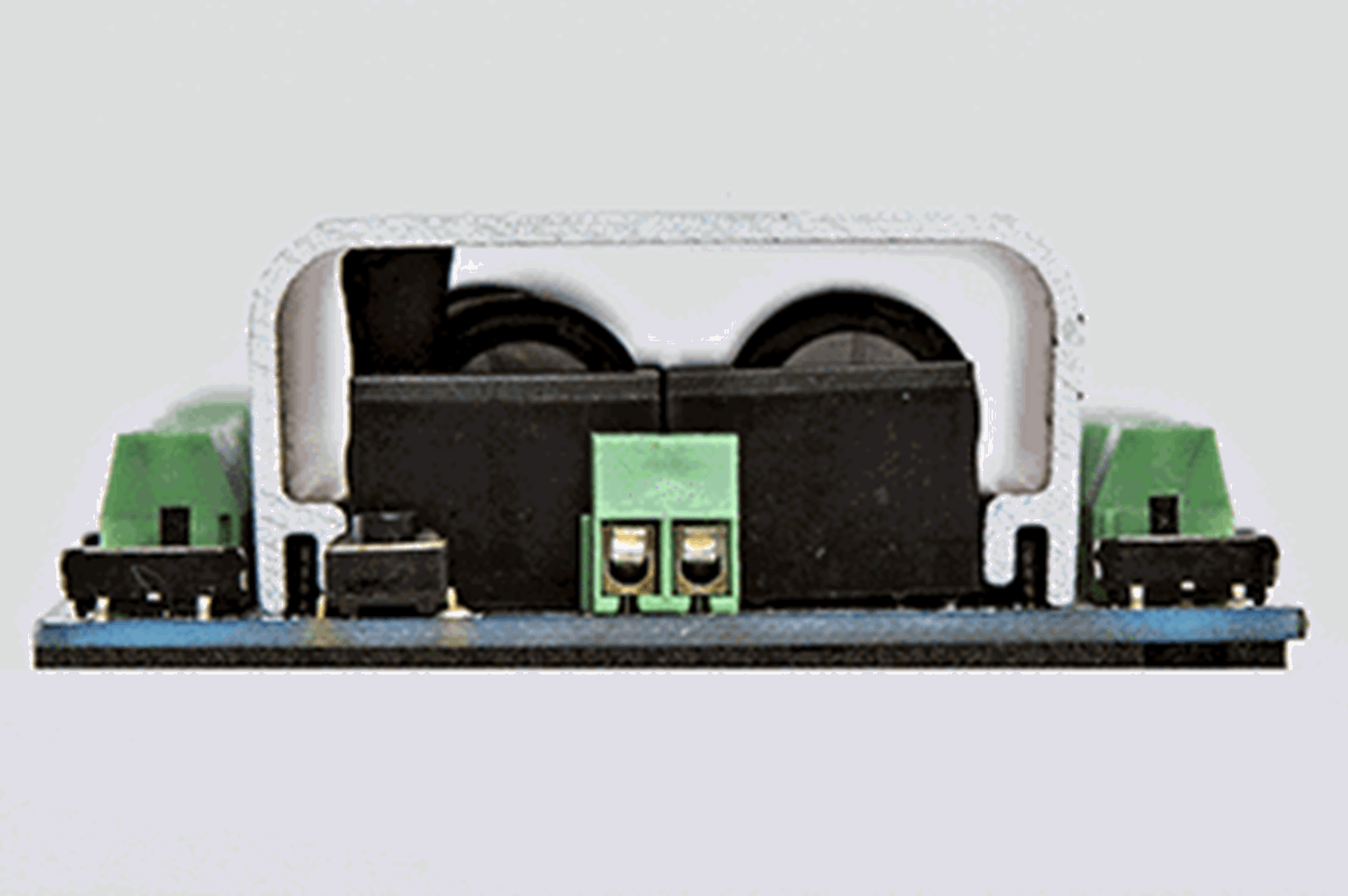 Accessory Decoder CDU Solenoid Drive SX 8-Way with Power-Off Memory and Protective Case