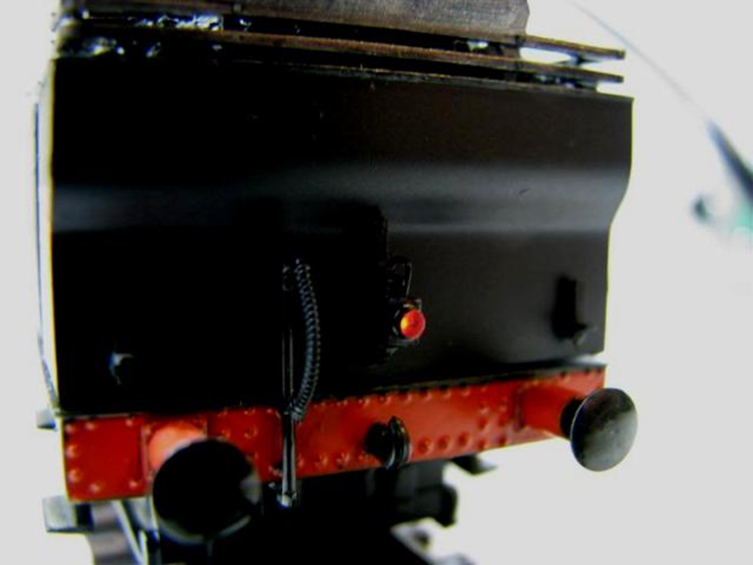 Working Loco Lamps LMS/BR (4mm Scale) Red (6 Pack)