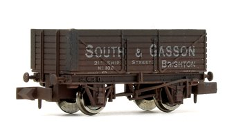 7 Plank Wagon South & Gasson 105 Brighton Weathered