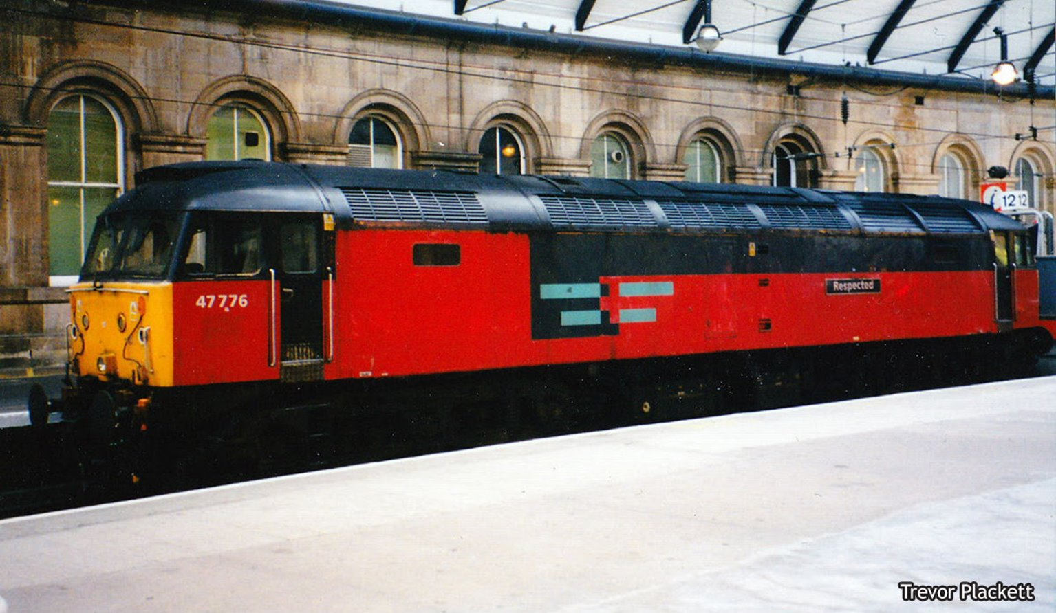 Class 47 578 'Respected' Rail Express Systems