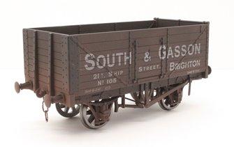 7 Plank Wagon South & Gasson 105 Brighton - Weathered