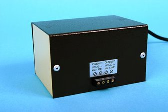 M1-EU European 16v AC Cased Transformer