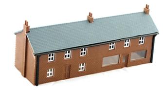 House/Shop Unit With Glazing Kit