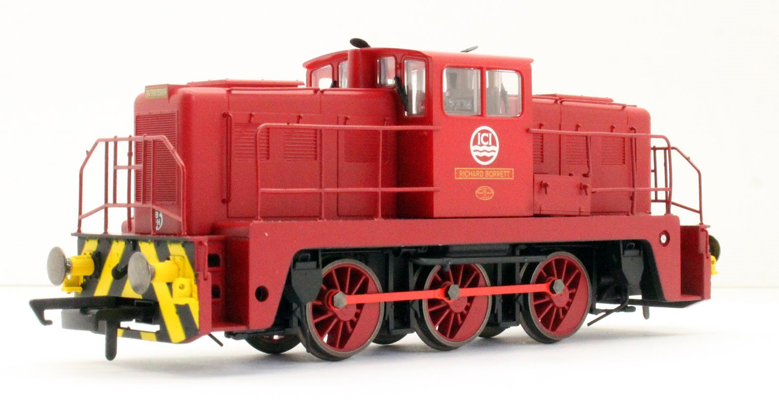"YEC Janus 0-6-0DE shunter ""Richard Borrett"" in ICI maroon"