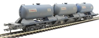 Rail Head Treatment Train 'Water' wagon with 3 water modules to extend either RHTT pack to 3 wagons - weathered