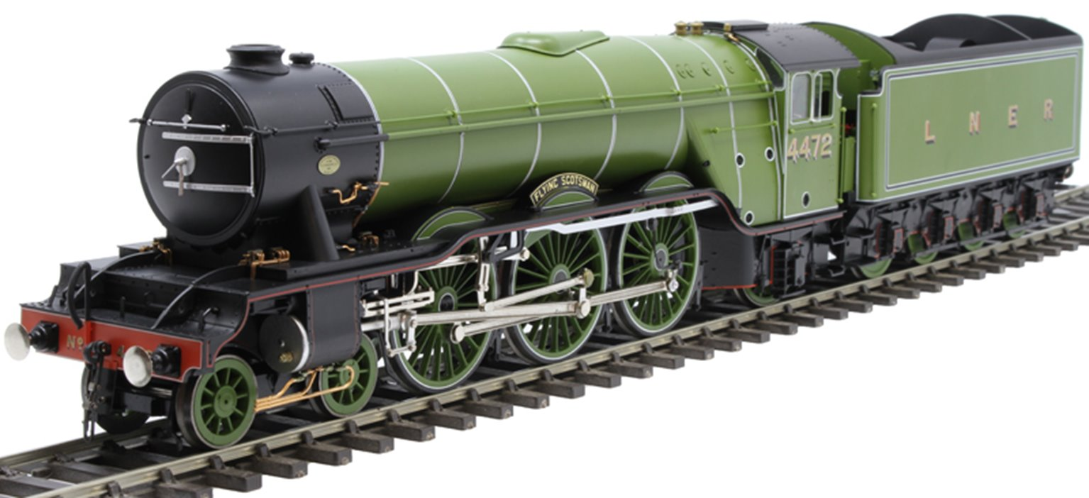 """Class A3 4-6-2 4472 """"Flying Scotsman"""" in LNER Grass green with unstreamlined corridor tender - """"Record Breaker"""""""