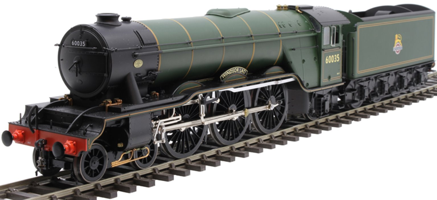 """Class A3 4-6-2 60035 """"Windsor Lad"""" in BR green with early emblem and unstreamlined non-corridor tender"""