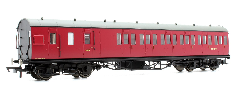 BR Ex-LMS Suburban Non-Corridor Third Class Brake Coach 'M20737M', Crimson
