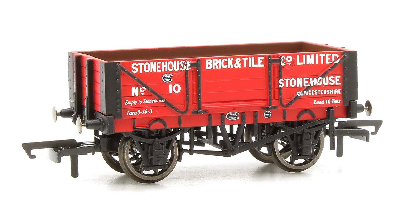 4 Plank Wagon, Stonehouse