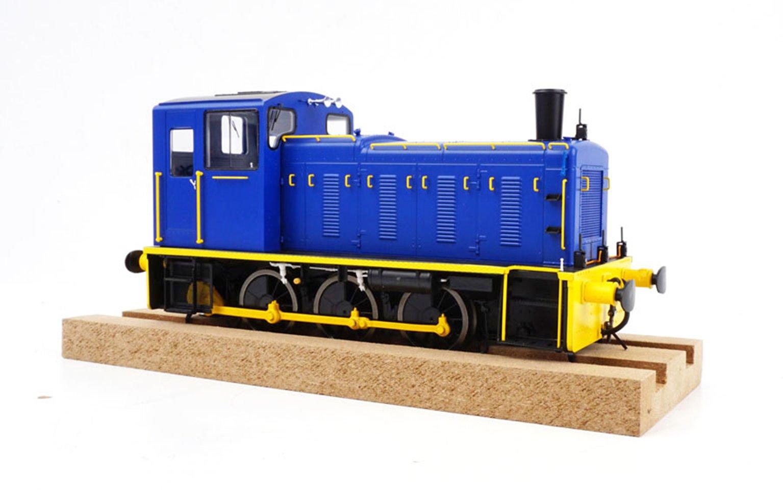 Class 03 (Un-numbered) Industrial Blue/Yellow Diesel Shunter (Flowerpot Exhaust)
