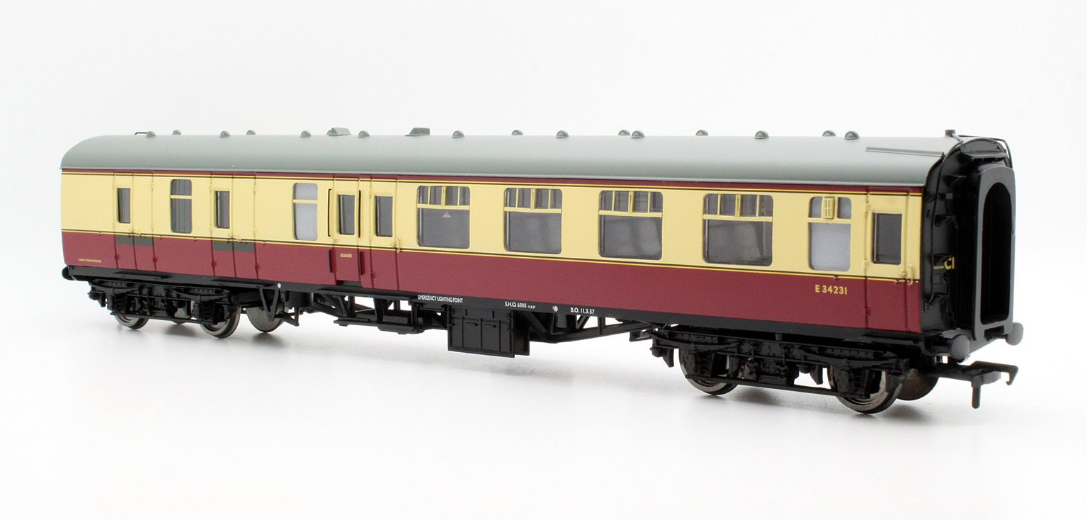 BR Mk1 BSK Brake Second Corridor Crimson & Cream