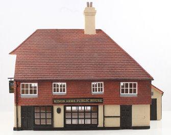 Hornby Skaledale 'Kings Arms' Public House
