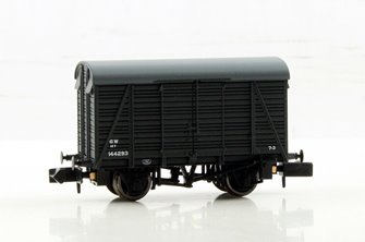 N Scale 12 Ton Southern 2+2 Planked Ventilated Van GWR Grey