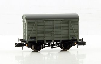 12 Ton Southern 2+2 Planked Ventilated Van BR Grey
