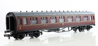 60ft Stanier Corridor Composite Coach LMS Lined Maroon #3950