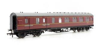 BR (Ex-LMS) Corridor Brake 3rd Class, Maroon 'M5806M'