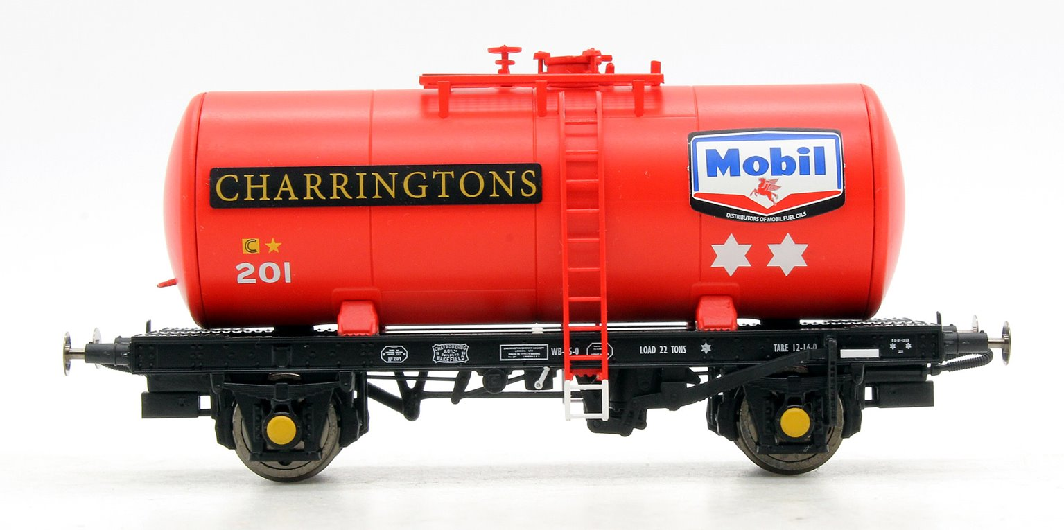 B Tank MOBIL CHARRINGTONS 201 (red)