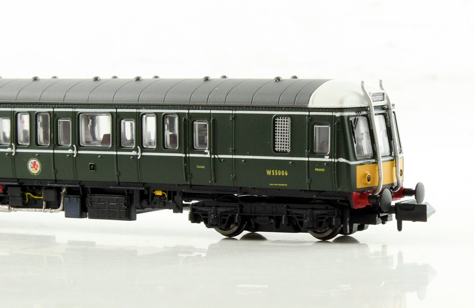 Class 122 W55006 BR Green SYP DCC
