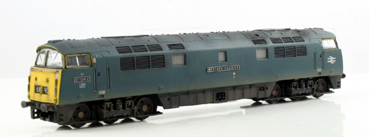 CLASS 52 'WESTERN COURIER' #D1062 BR BLUE WITH FULL YELLOW PANELS - WEATHERED DCC Fitted
