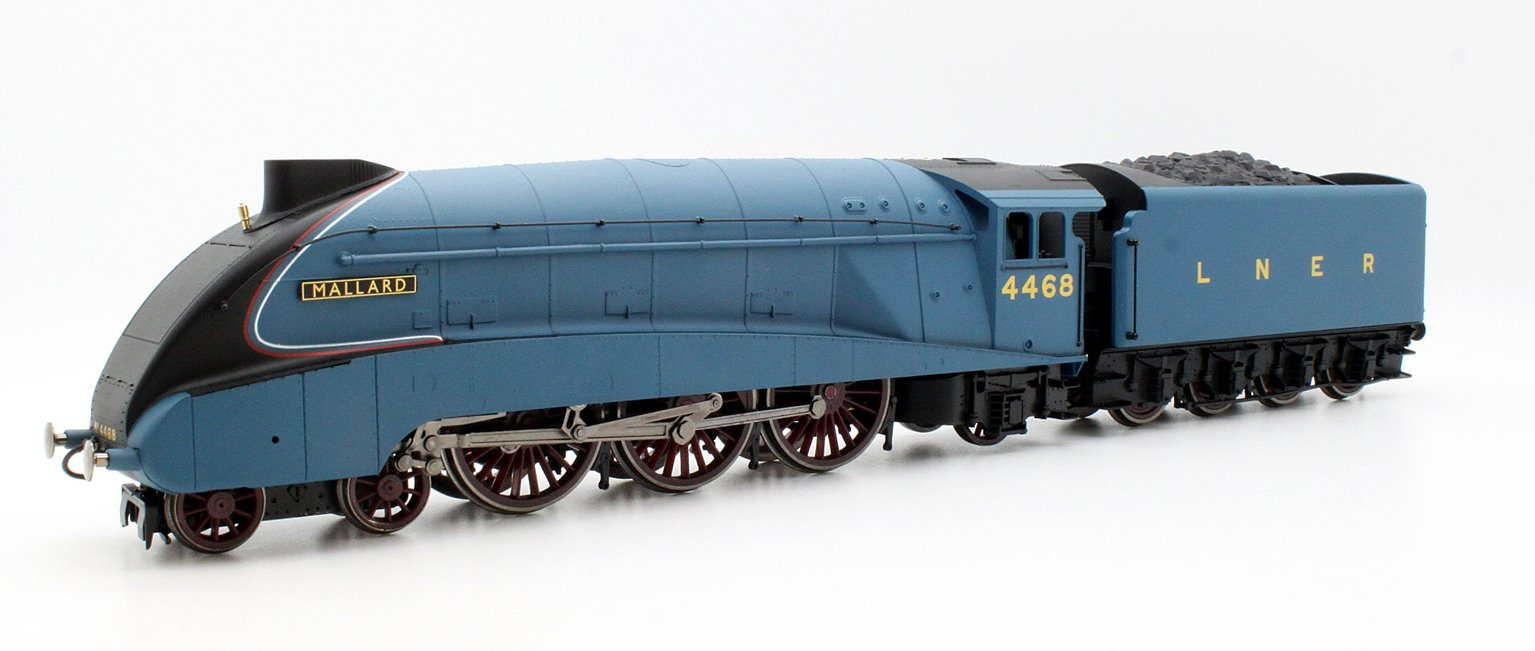 LNER 4-6-2 'Mallard' A4 Class Locomotive 4468 with TTS Sound