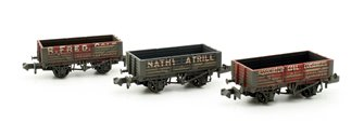 Coal Trader Triple Pack 5 Plank Wagons Weathered
